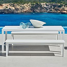 Design outdoor bench made of painted aluminum System by Varaschin